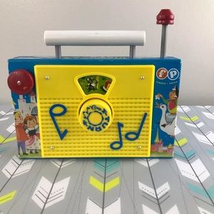Fisher Price Classic TV Radio GUC